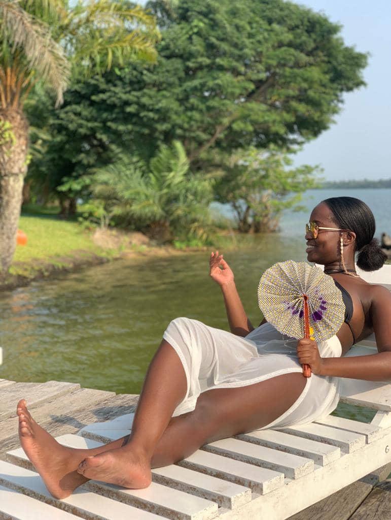 Mode africaine femme 2020 eventail en wax- Afrhika store boutique à toulouse