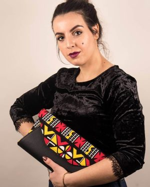 Mode africaine femme 2020 pochette clutch large en wax - Afrhika store boutique à toulouse