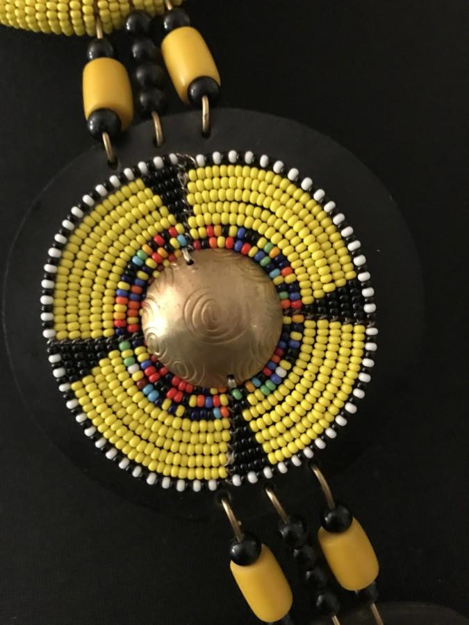 Mode africaine femme 2020 collier en perles - Afrhika store boutique à toulouse