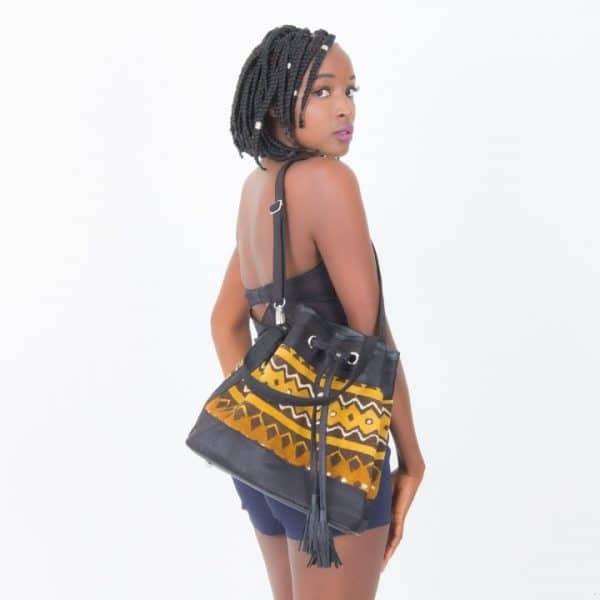 Mode africaine femme 2020 sac à main fourre tout en bogolan - Afrhika store boutique à toulouse