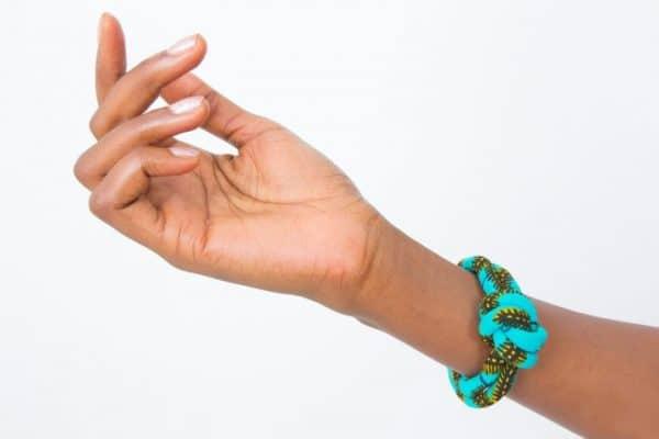 Mode africaine femme 2021 bracelet en wax - Afrhika store boutique à toulouse