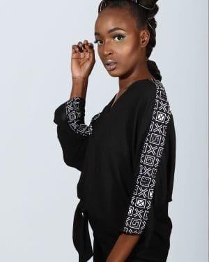 Mode africaine femme 2021 chemisier en wax - Afrhika store boutique à toulouse
