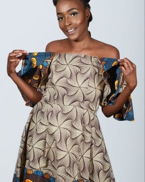 Mode africaine femme 2021 robe en wax - Afrhika store boutique à toulouse